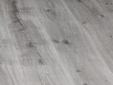 Laminátová podlaha Berry Floor Titanium Dub silver grey