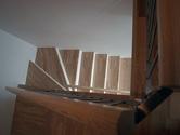 Schody z masivní spárovky Schody z masivní spárovky Jasan